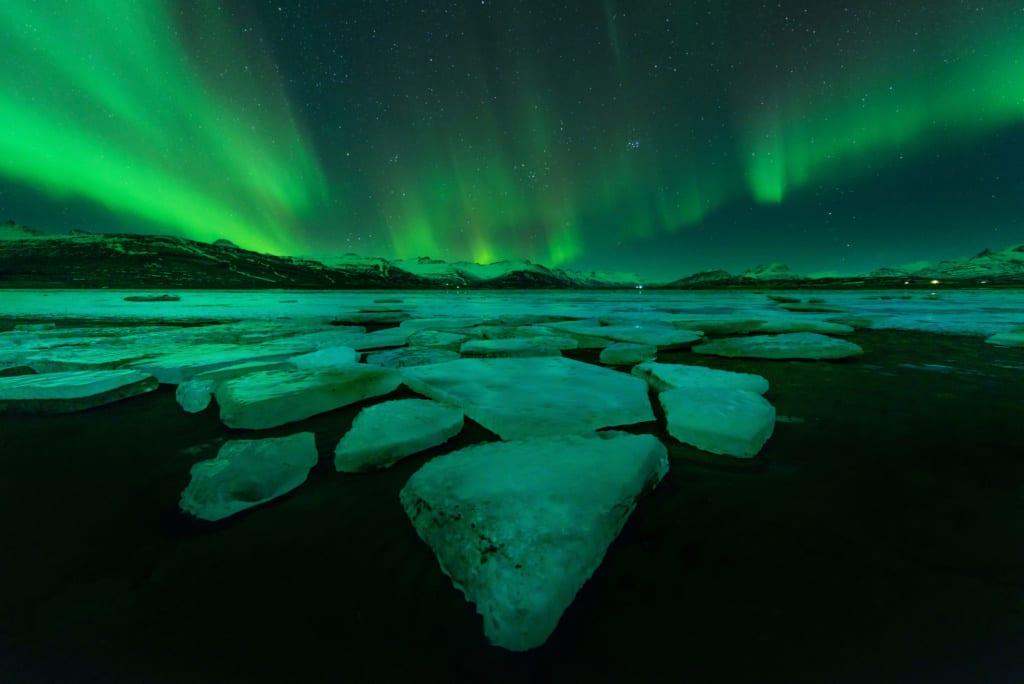 Polární záře je na Islandu v zimě nejlepší