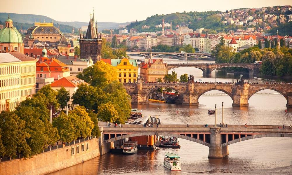 Česká republika mění podmínky vstupu, Praha