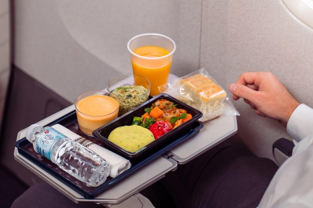 economy class Qatar Airways, menu