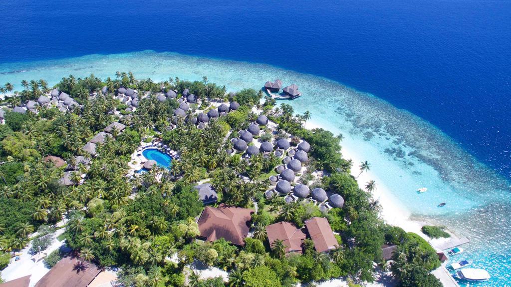 Maledivy - Bandos Maldives****