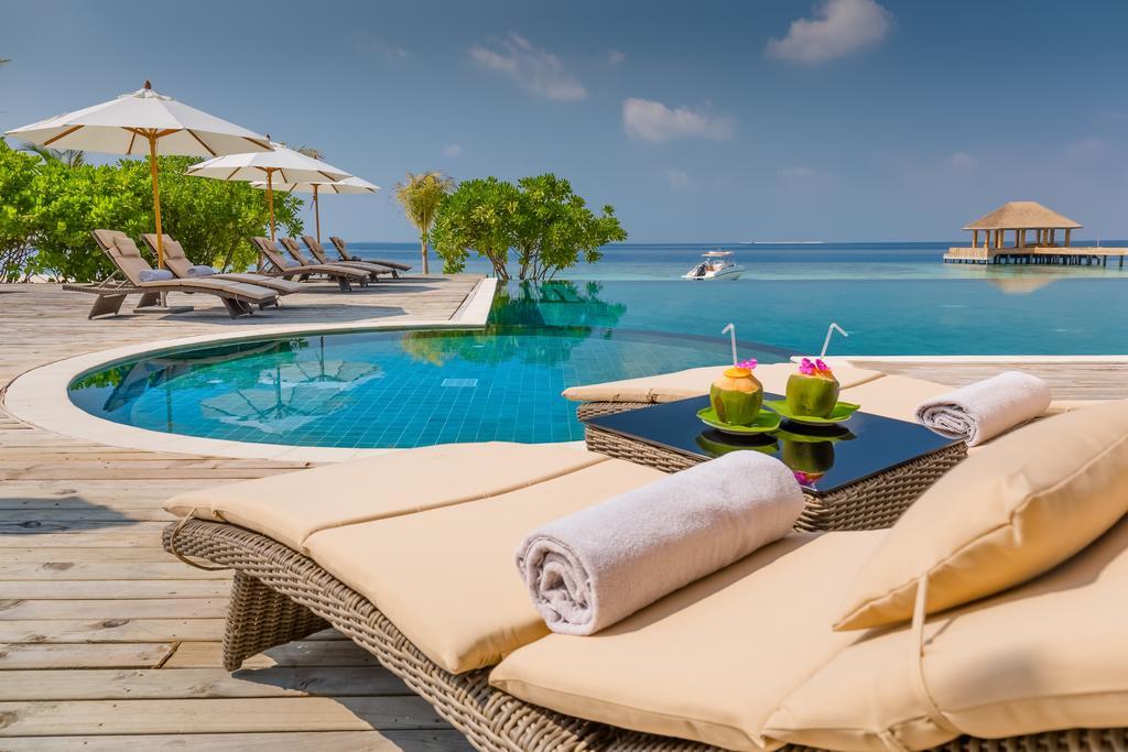 Maledivy - Kudafushi Resort & Spa