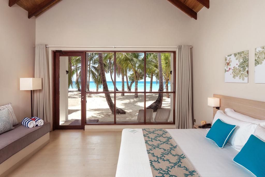 Maledivy - Malahini Kuda Bandos***