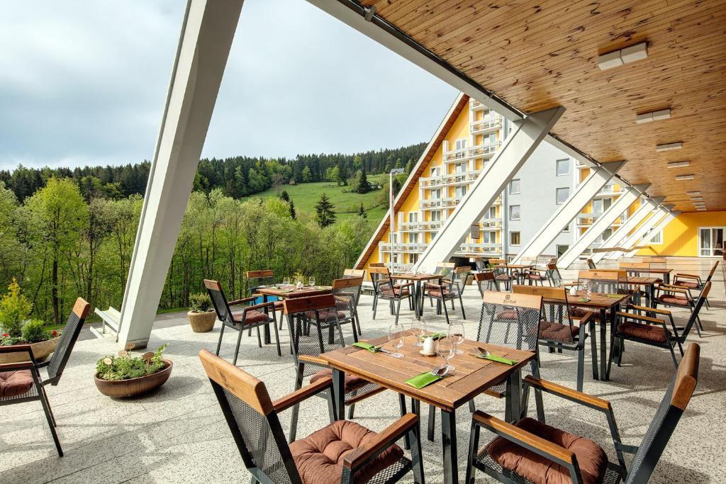 Terasa v 4* hotelu Clarion ve Špindlerově mlýně v Krkonoších
