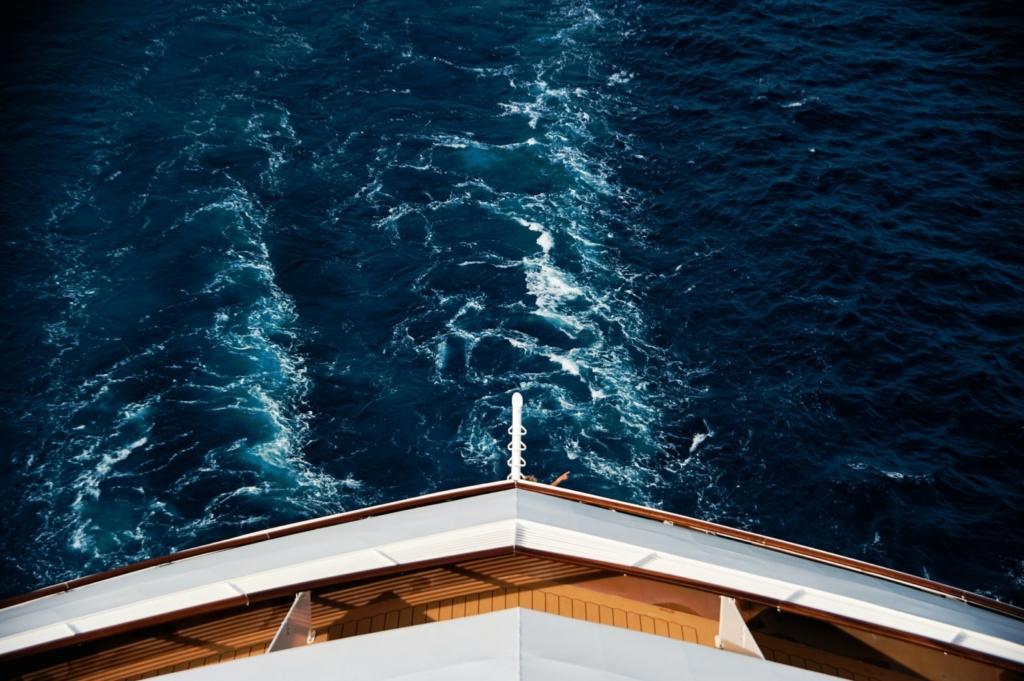 Loď, moře